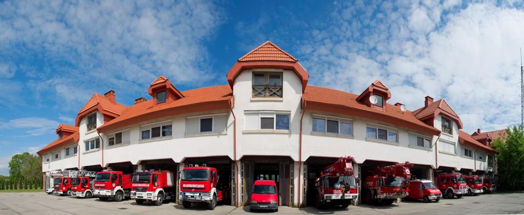 A szegedi tűzoltóság története aloldal fejlécképe